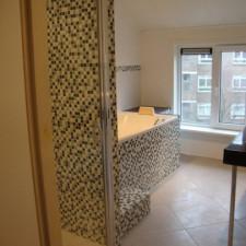 Badkamer-renovatie-mozaik-na-verbouwing-405x540.jpg