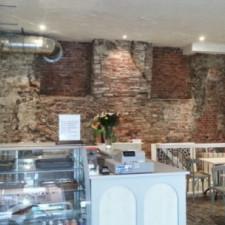Gehele-verbouwing-italiaanse-lunchroom-inclusief-oude-wand-in-oude-staat-maken-540x304.jpg